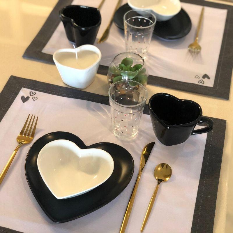 Caneca formato coração de cerâmica 150ml design preta - Cód. EROC461