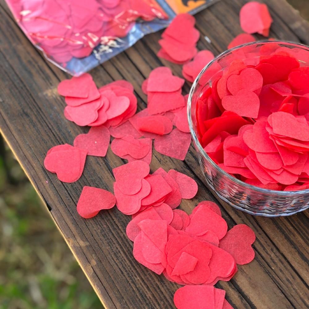 Confetes coração vermelho papel de seda pcte 40gr - Cód LCS01