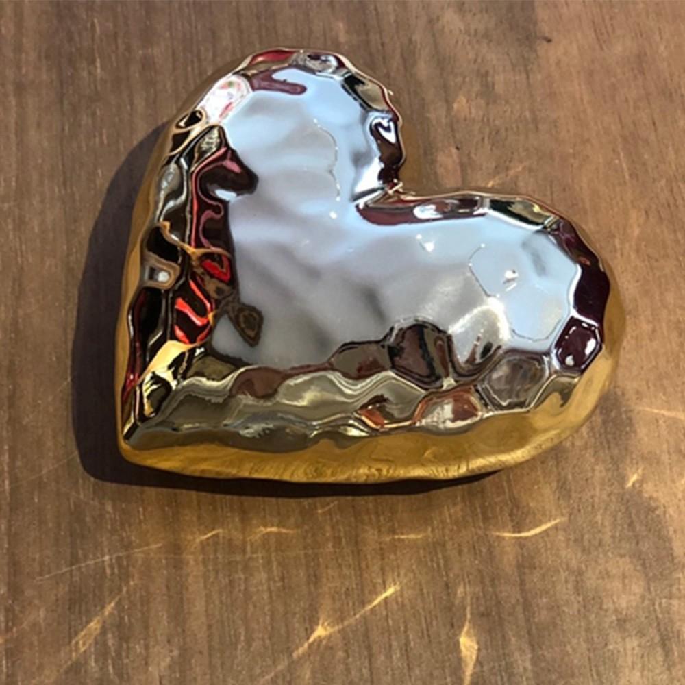 Coração esculpido dourado de cerâmica - Cód 43801