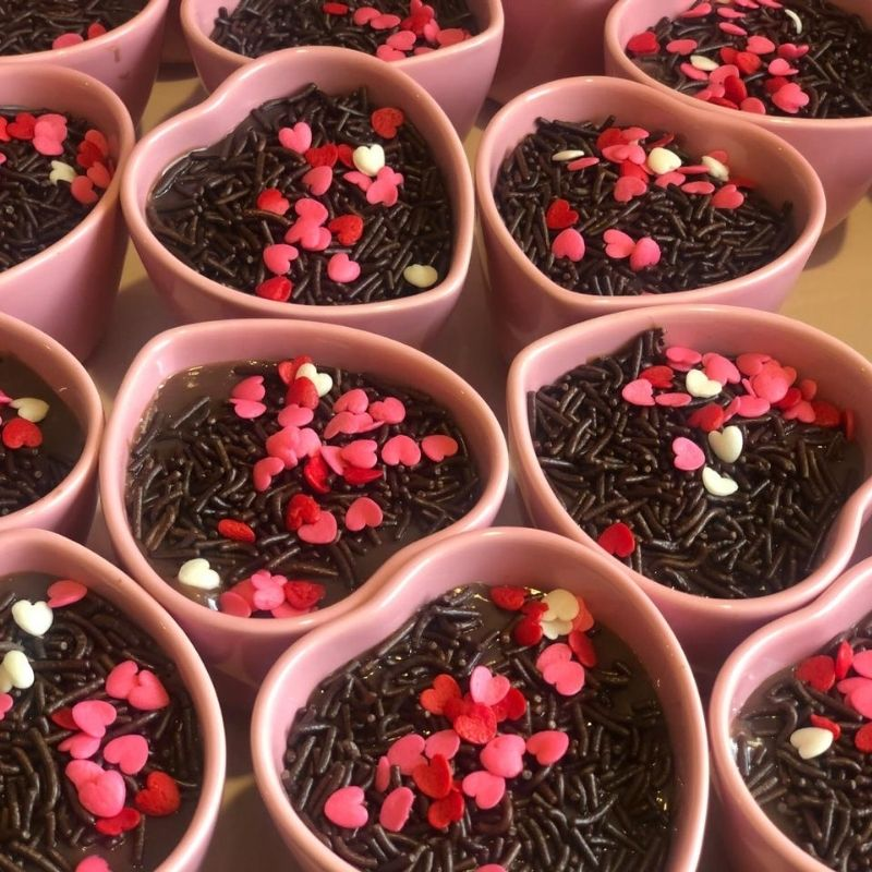 Jogo c/ 8 und de potes formato coração de cerâmica alto rosa 120ml - FY5239J