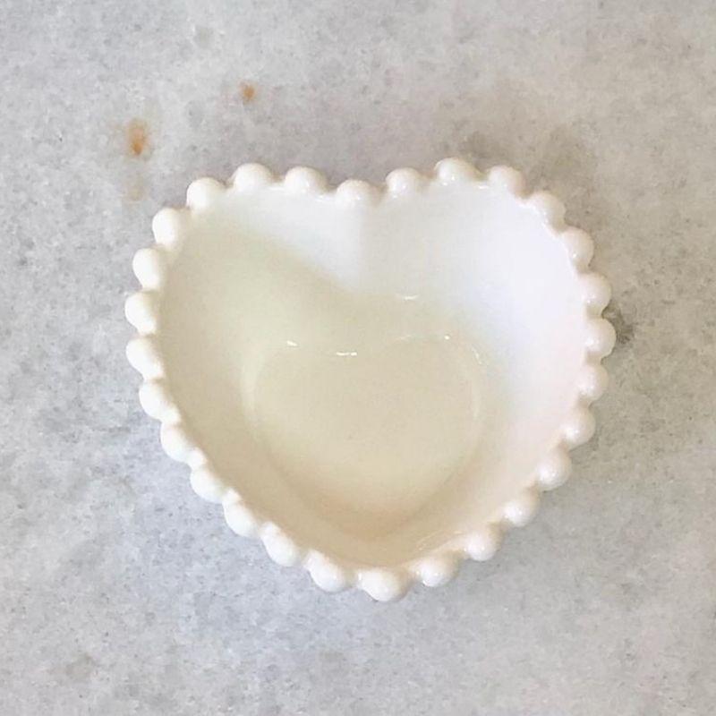 [OUTLET] Pote formato coração com borda de bolinha 200ml - Cód. OUTOC434 [OUTLET]