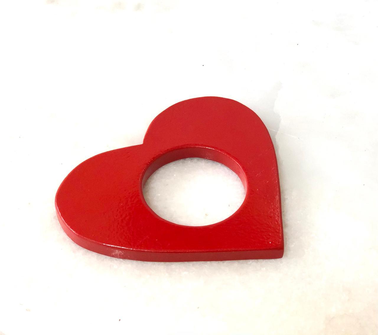 Porta guardanapos formato coração de pinus Vermelho - Cód. OC280V