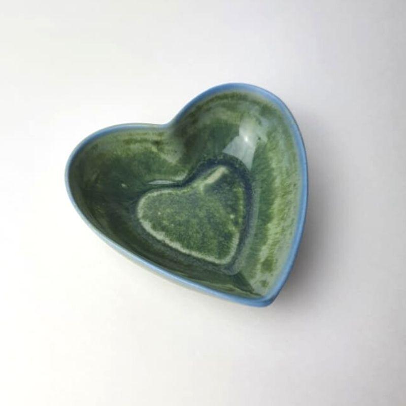 Pote de porcelana formato coração linha premium verde duocolor rústico P. Cód. 2359D