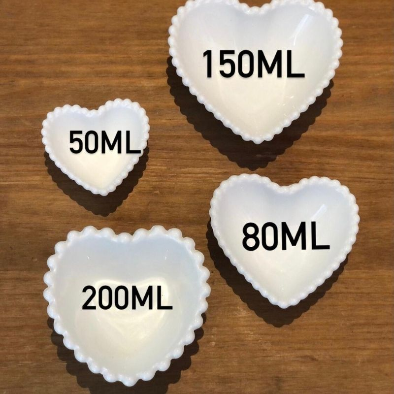 Pote formato coração com borda de bolinha 200ml - Cód. OC434
