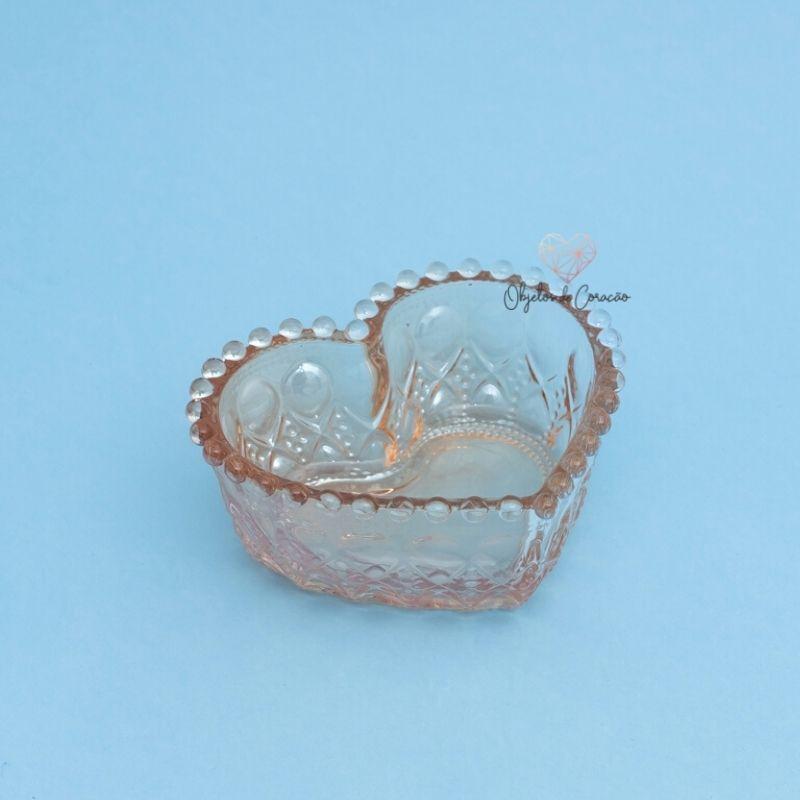 Pote formato coração de vidro com borda de bolinha âmbar metalizado 300ml. Cód. 1291