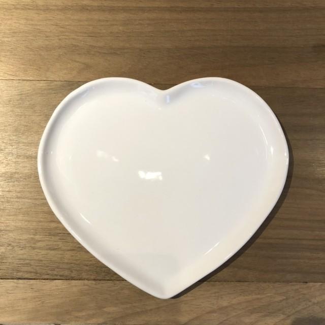 Prato formato coração raso de cerâmica esmaltada branca G. Cód.8595