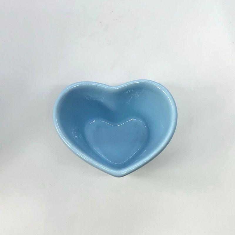 Vaso baixo formato coração de cerâmica design azul bebê - Cód. EROC486