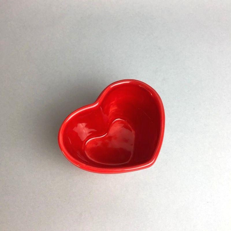Vaso baixo formato coração de cerâmica design vermelha - Cód. EROC489