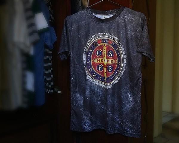 Camiseta Dryfit Esportivo - Medalha de São Bento