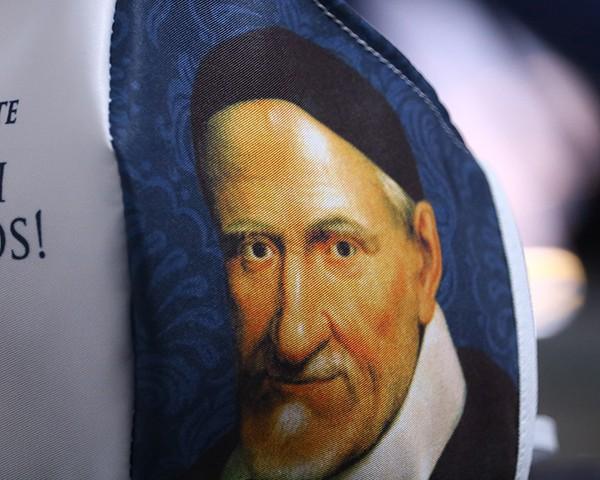 Máscara de Proteção Bico de Pato (EPI) - Rogai por Nós - São Vicente