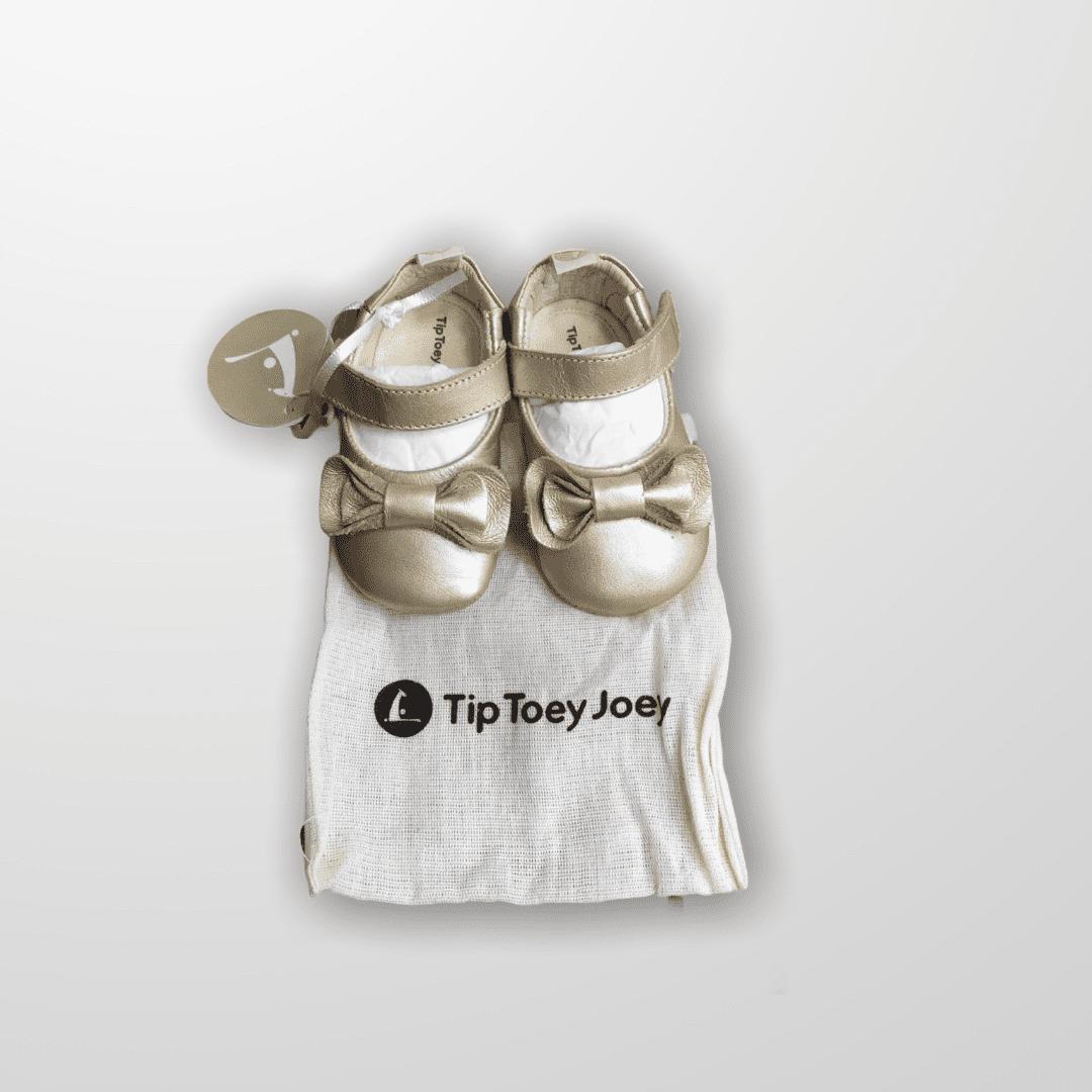 Sapatilha Dourada Tip Toey Joey - Tam14