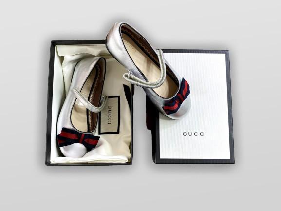 Sapatilha Gucci Tam. 25BR / 26EUR