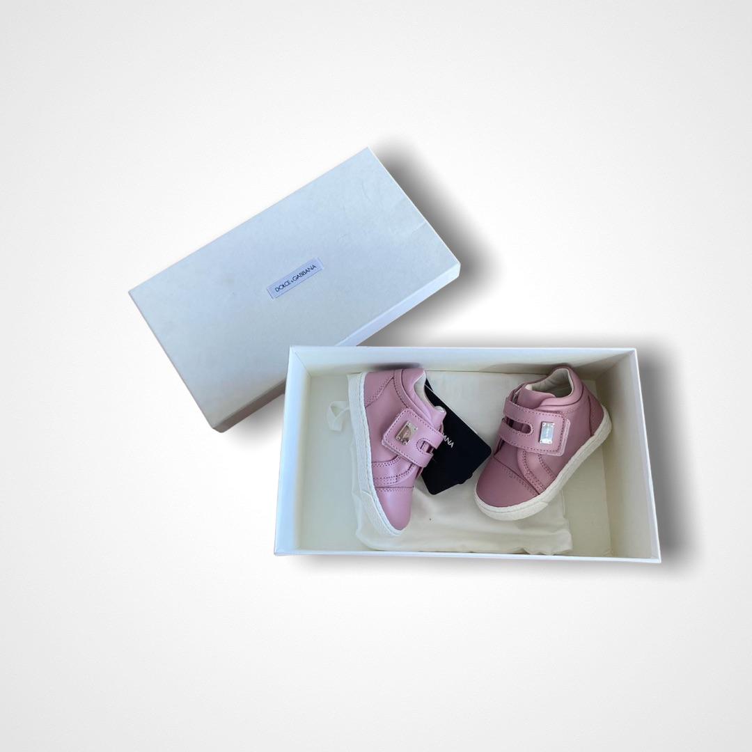Tênis Dolce & Gabbana - 20EUR / 18BR