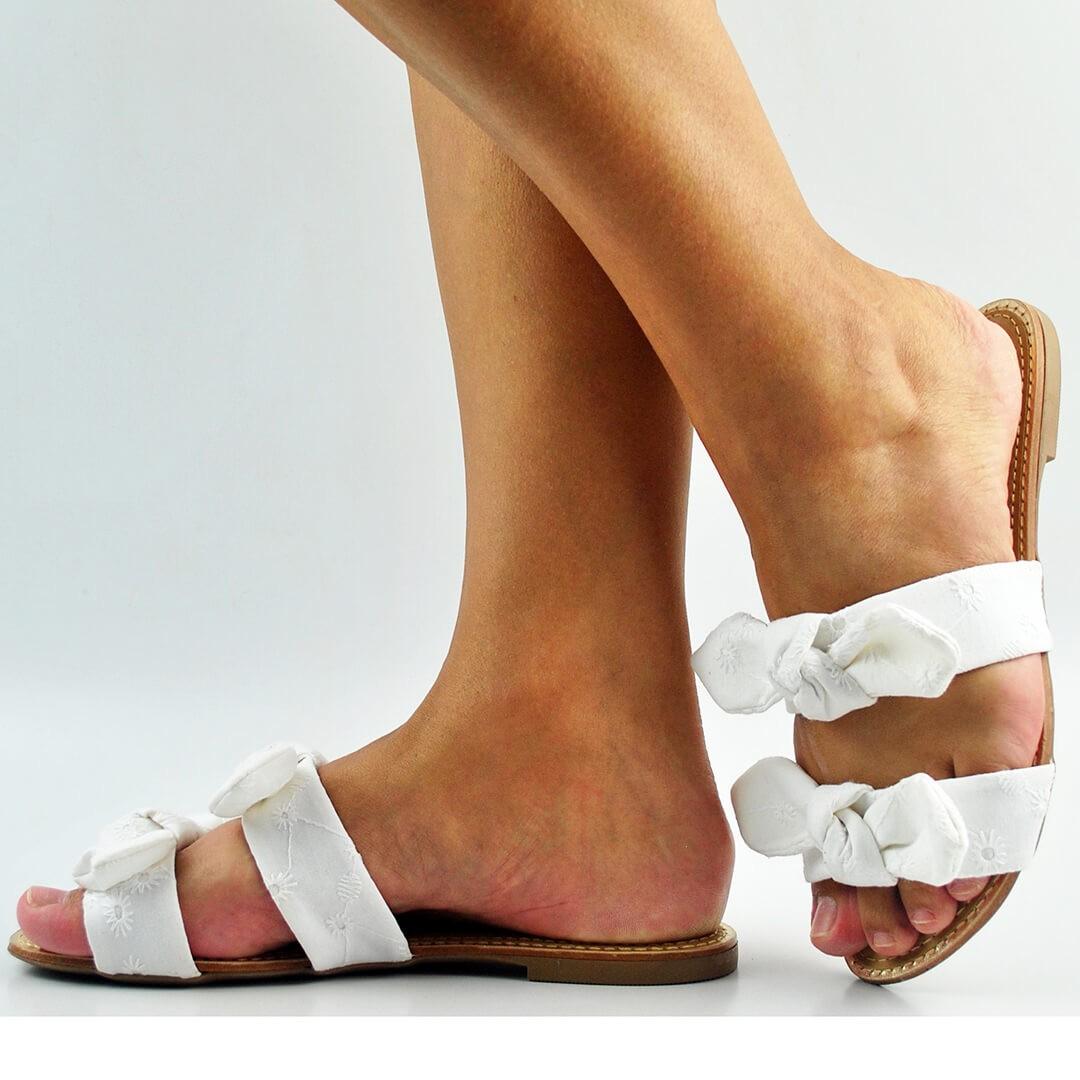 Sandália Rasteira Feminina Laços