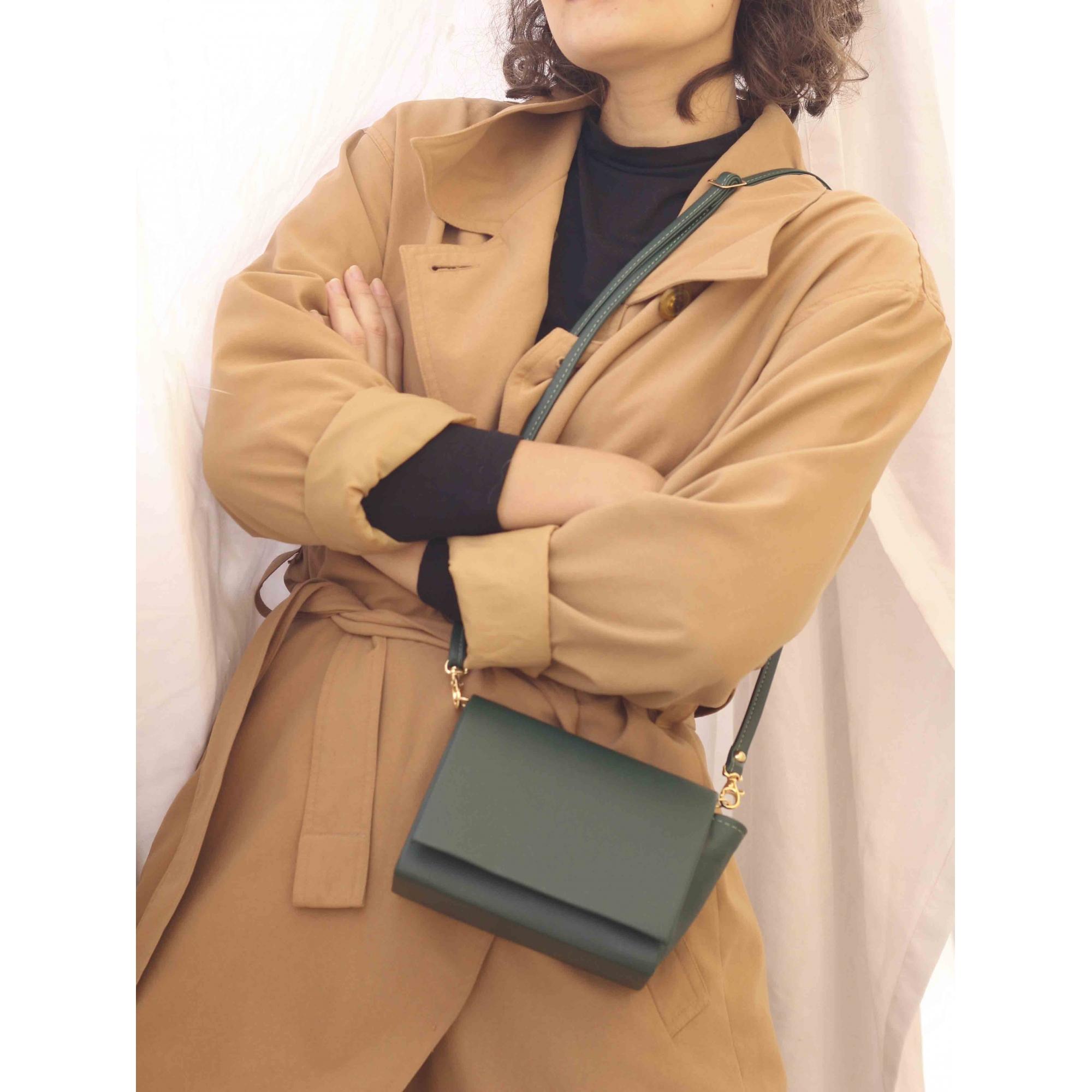 Bolsa Elegancy Lisa Pequena