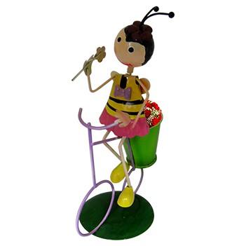 Boneca Abelha com Bicicleta de Ferro Para Enfeite e Decoraçao de Jardim (BON-M-15)