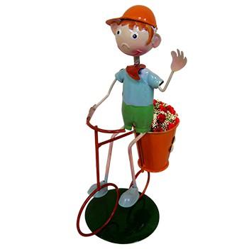 Boneco com Bicicleta de Ferro Para Enfeite e Decoraçao de Jardim (BON-M-13)