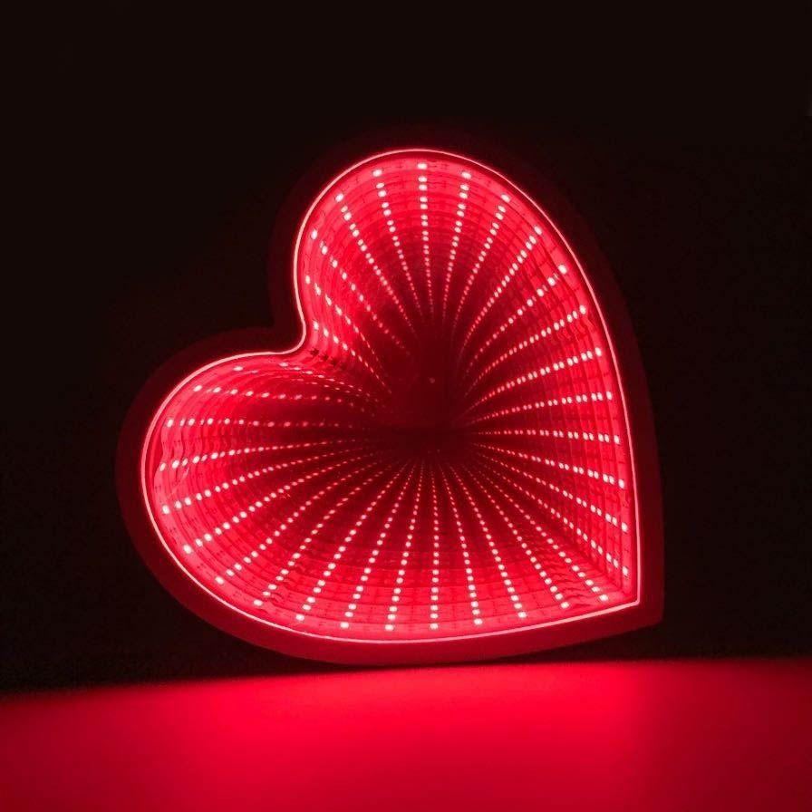 Luminaria 3D Infinito Coracao Espelho Led Profundidade Quarto Luz (QZ3803)