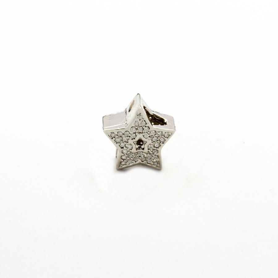Berloque separador estrela cravejada  Banhada Ródio branco