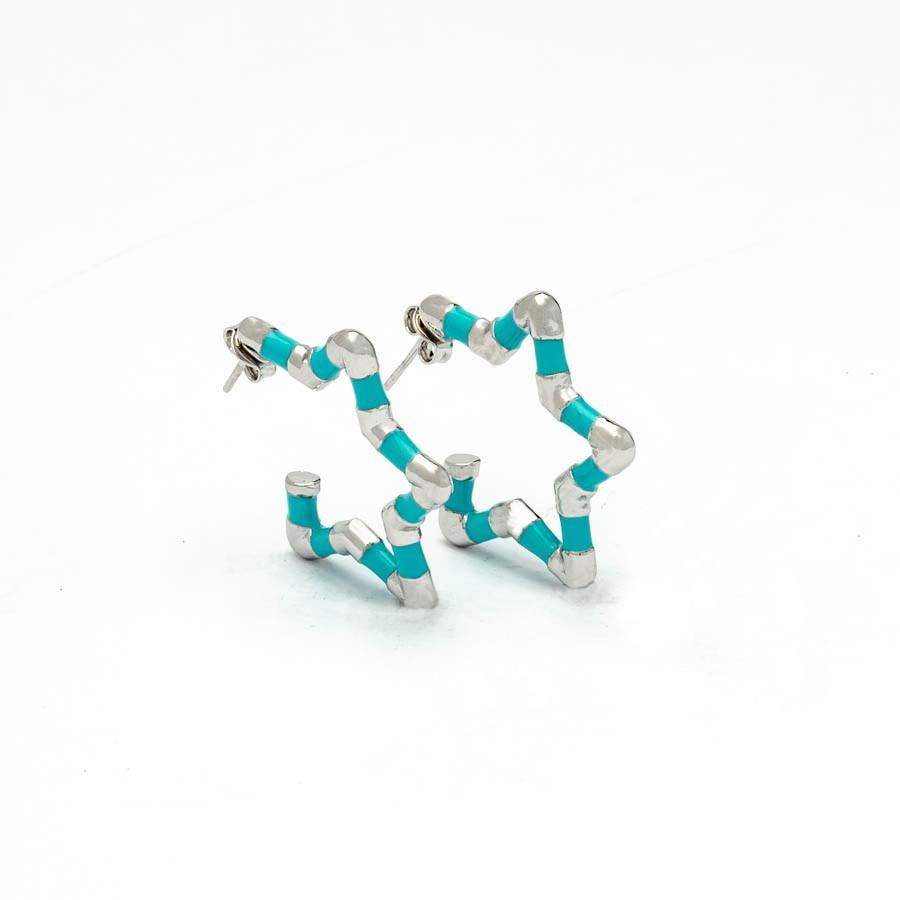 Brinco estrela  pequeno resina azul tiffany banhado ródio branco