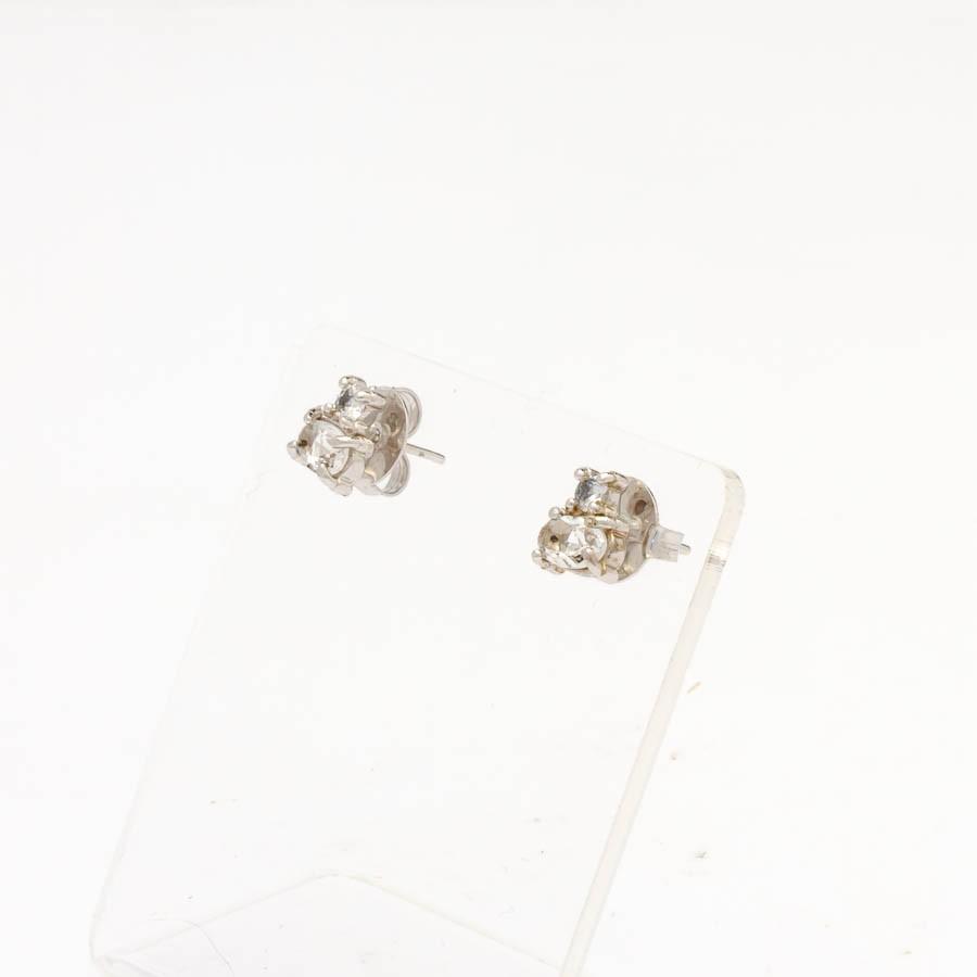 Brinco oval cristal com  zirconia banhado ródio branco