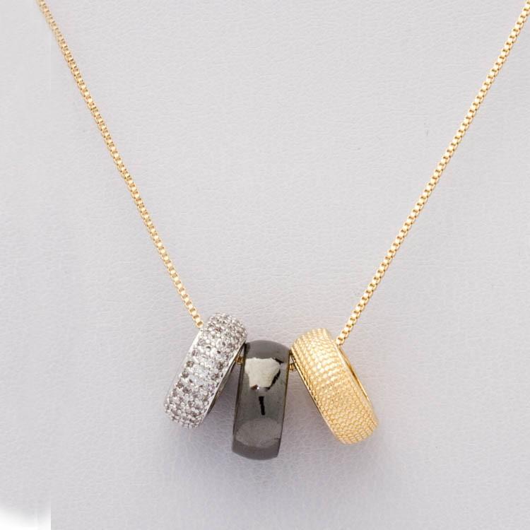 Colar 3  argola  ouro, ródio branco, ródio negro , banhado em ouro 18 K