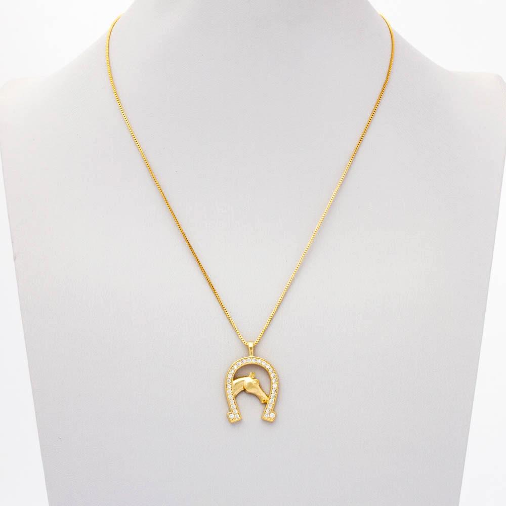 Colar ferradura cavalo cravejado banhado em ouro 18k