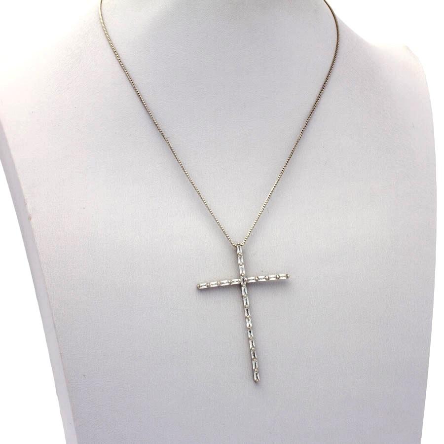 Colar veneziana cruz palito navete banhado em ródio branco