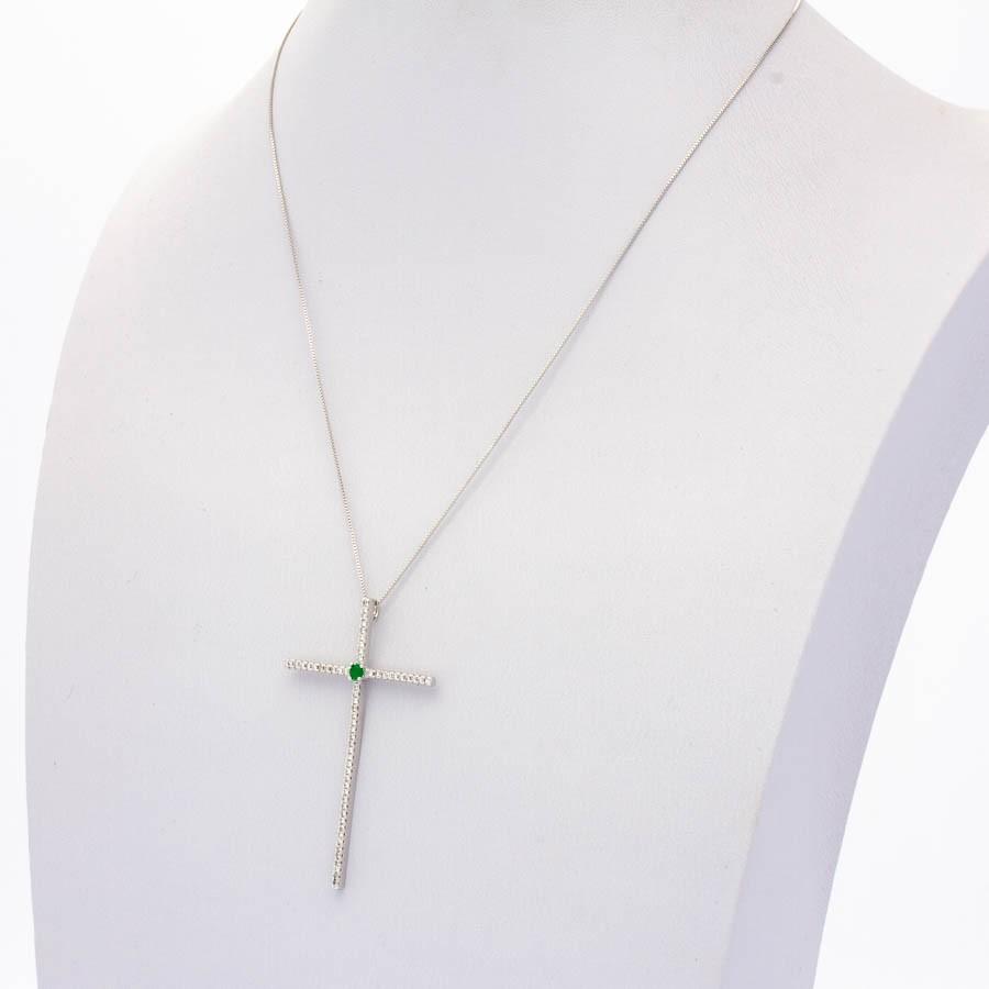 Colar Zirconia Cruz Palito com cristal no meio banhado ródio branco