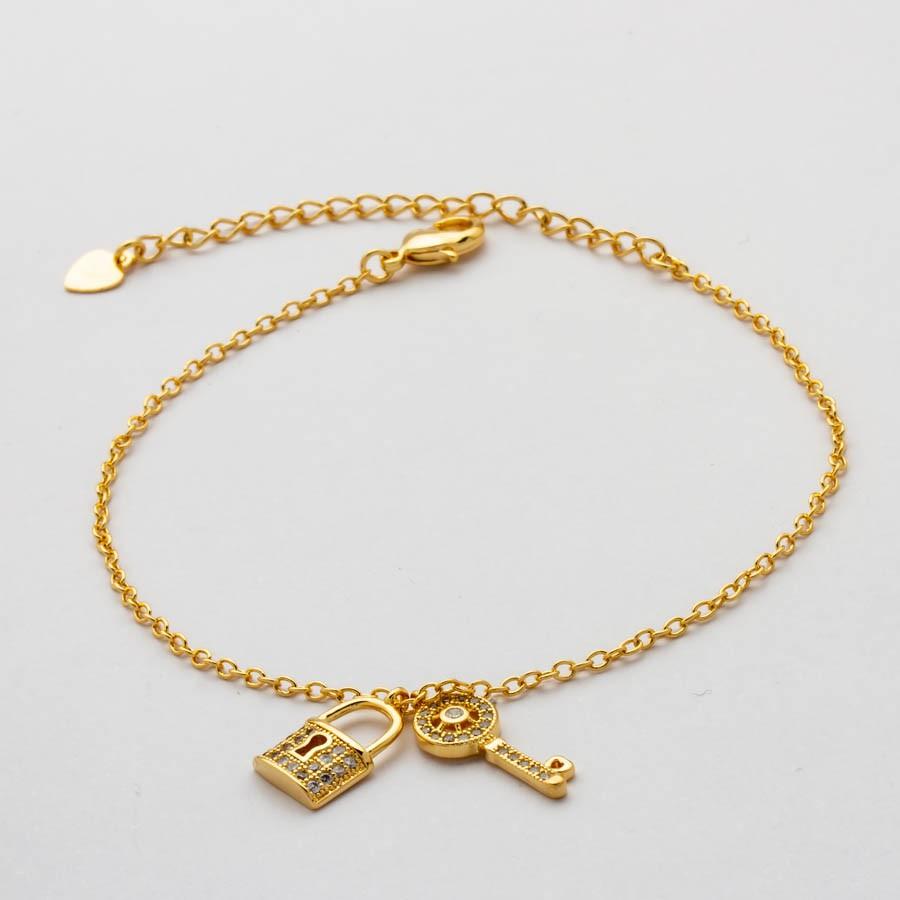 Pulseira Chave e Cadeado Cravejado Banhado  Ouro18k