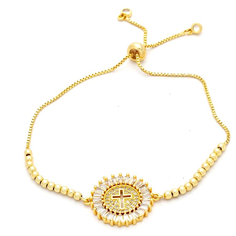 Pulseira  regulável com medalha de cruz cravejada banhada em ouro 18k
