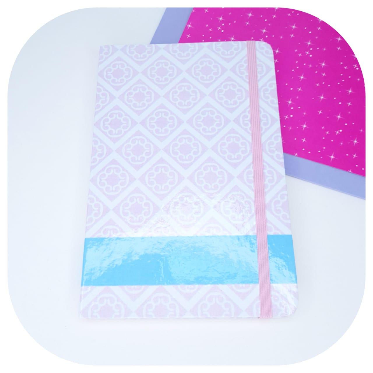 Caderno Pontilhado Rosa e Azul