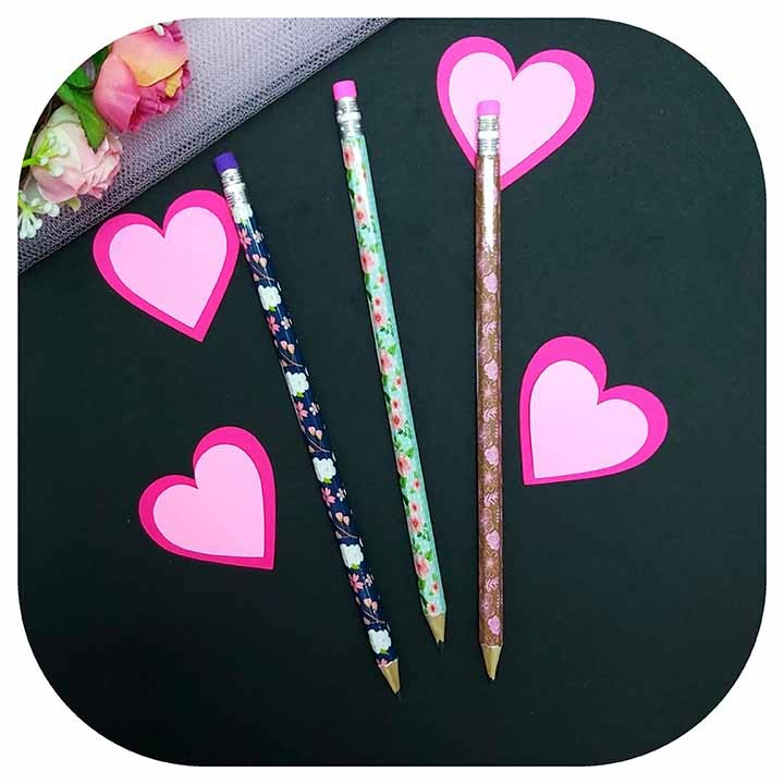 Lápis Preto - CiS - Floral