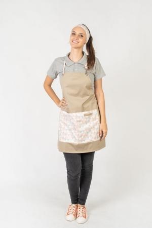 Avental de Frente Feminino Sumaia Letícia, Com Bolsos e Regulagem Para Profissionais da Cozinha - Zigue Zague Grande