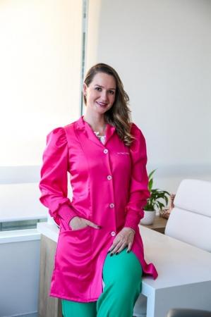 Jaleco Feminino Dra. Thaís, Mangas Bufantes Para Profissionais da Saúde -  Pink