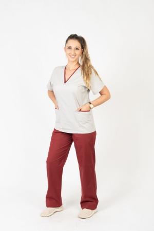 Scrub Feminino Sumaia Aurora Para Profissionais Da Saúde - Bordô + Cinza