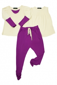 Pijama Anne Sophie Off-White com Fúcsia