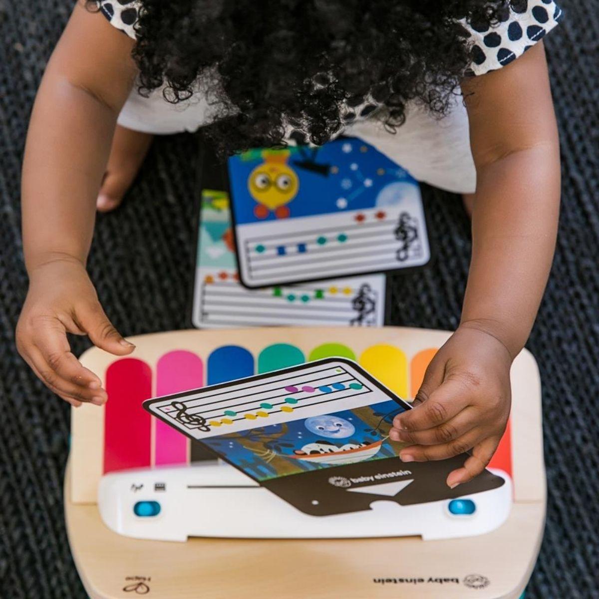 Piano Musical Infantil em Madeira Magic Touch Hape Baby Einstein
