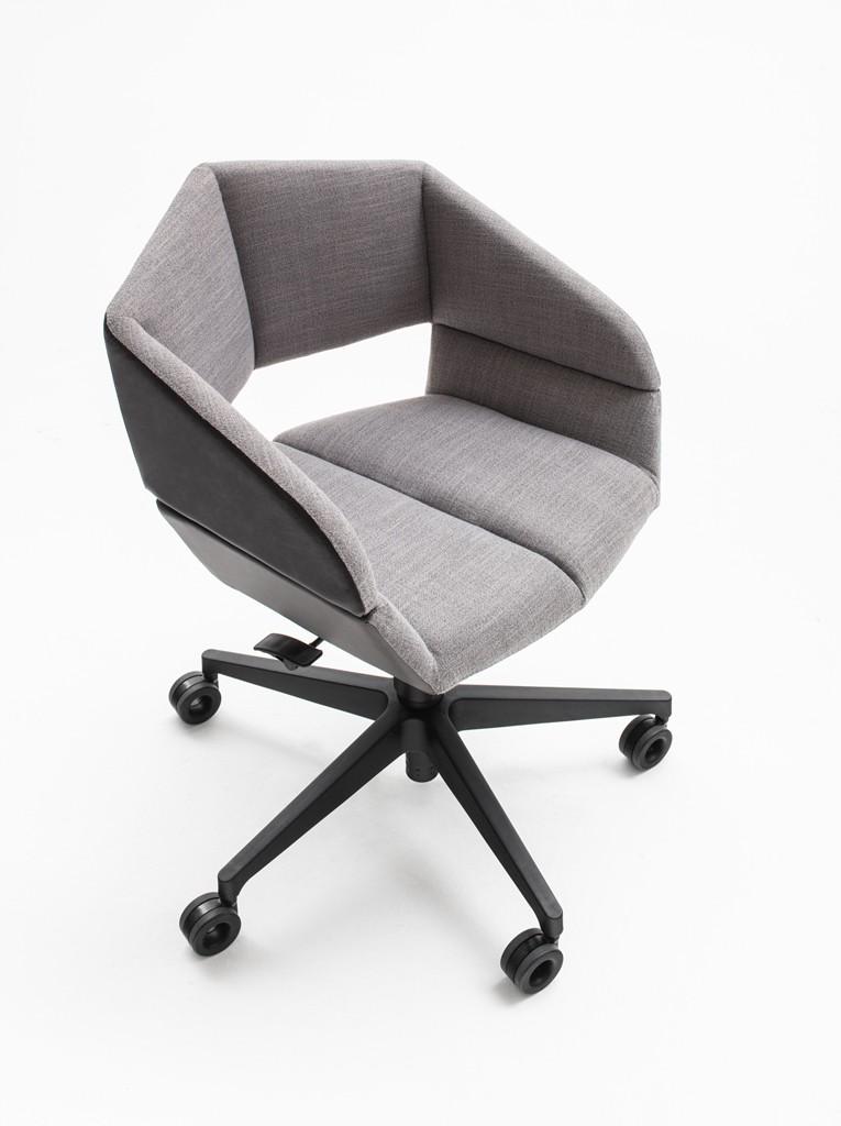 Cadeira Origami • estudiobola