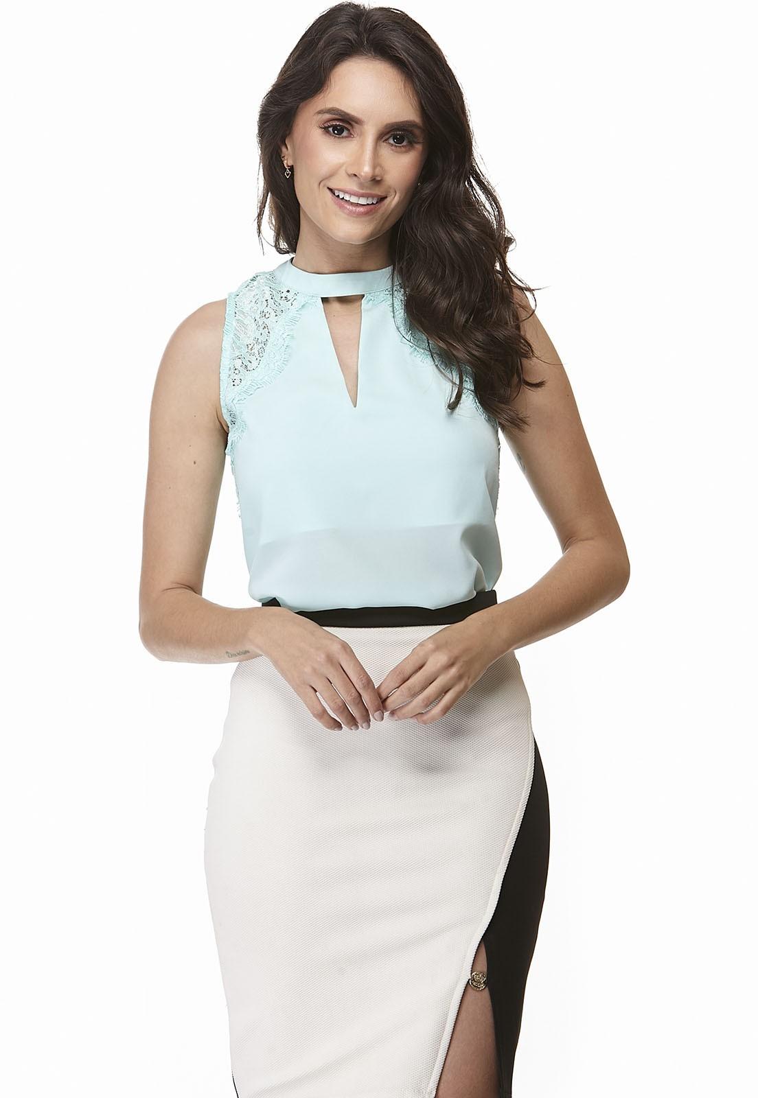 Blusa Lisa com Renda Cavada Zaiko 2048