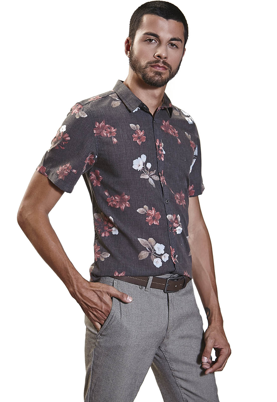 Camisa Slim Zaiko Estampada Floral Manga Curta 2256 Preto