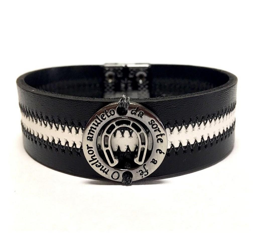 Pulseira masculina Armazem RR Bijoux couro amuleto preta e branca