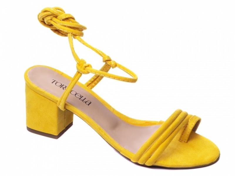 Sandália de Camurça Amarelo