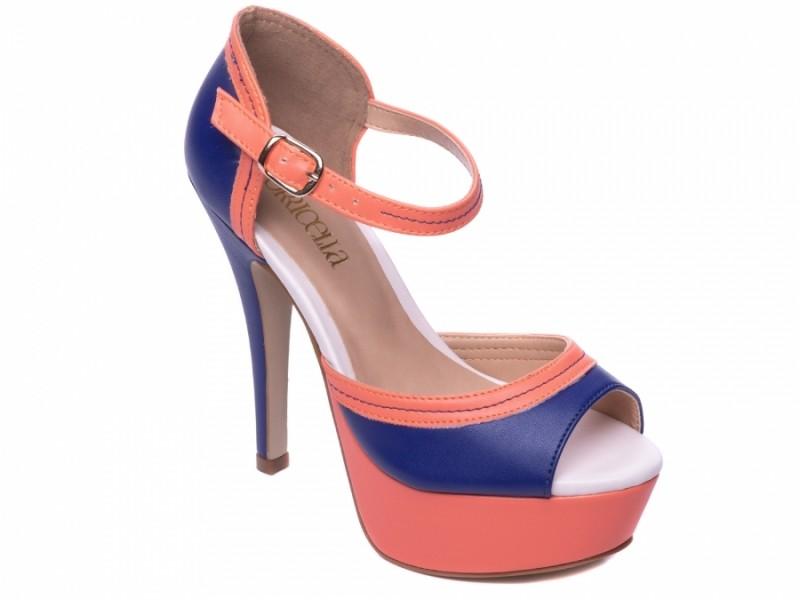 Sandália Meia Laranja e Azul