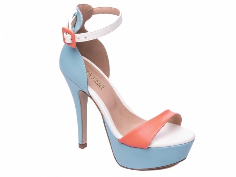 Sandália Meia Pata Azul e Rosa