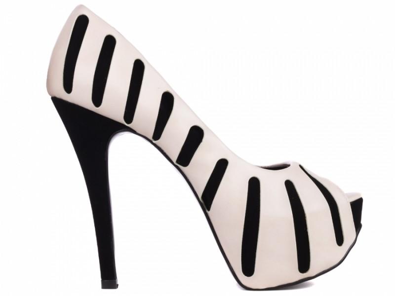 Sapato Peep Toe