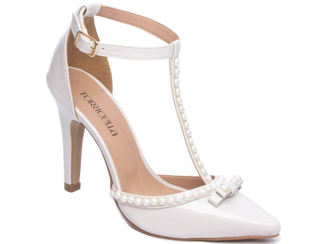 Sapato Scarpin Verniz Off White Enfeite Perola