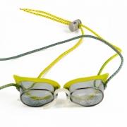 Óculos De Natação Speedo Speed Amarelo Lente Fumê