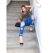 Calça Jeans Destroyed Bordada com Strass