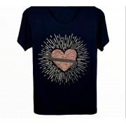 Camiseta Coração Bordada Preta